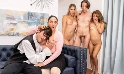 Порно С Дочкой И Ее Подругой
